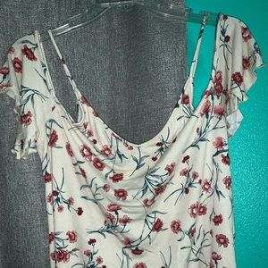American Eagle Outfitters Tops - American Eagle AEO cold shoulder flowered top